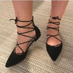 Louise et Cie Pointy Toe Black Suede Lace Up Flats